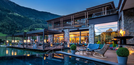 Top s dtirol wellnesshotel relax guide hotelbewertung for Design wellnesshotel sudtirol
