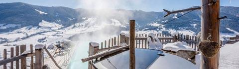 Berg-Chalets mit Private Spa für den Familien-Winterurlaub